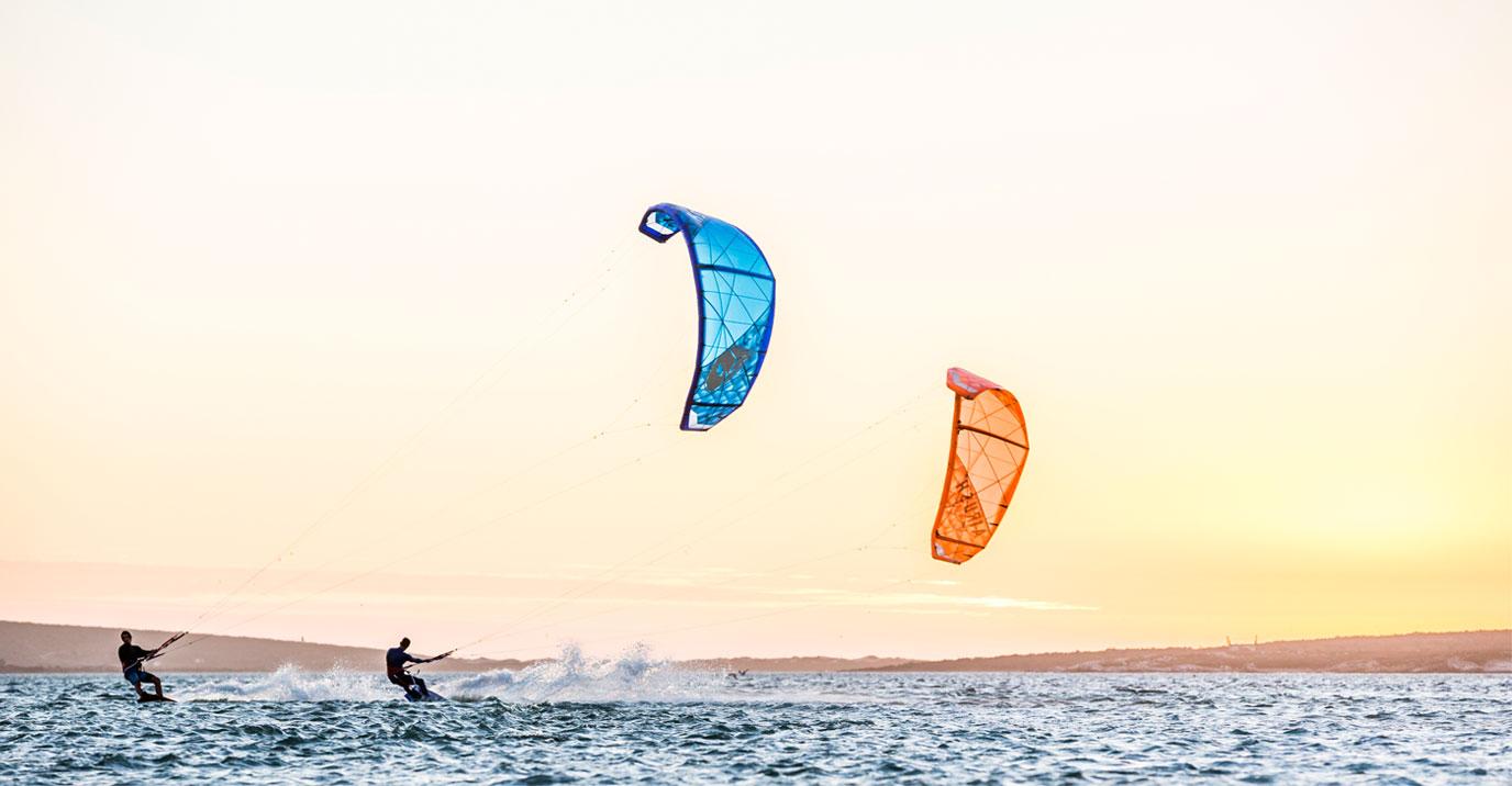Kitesurfing-lessons-Langebaan